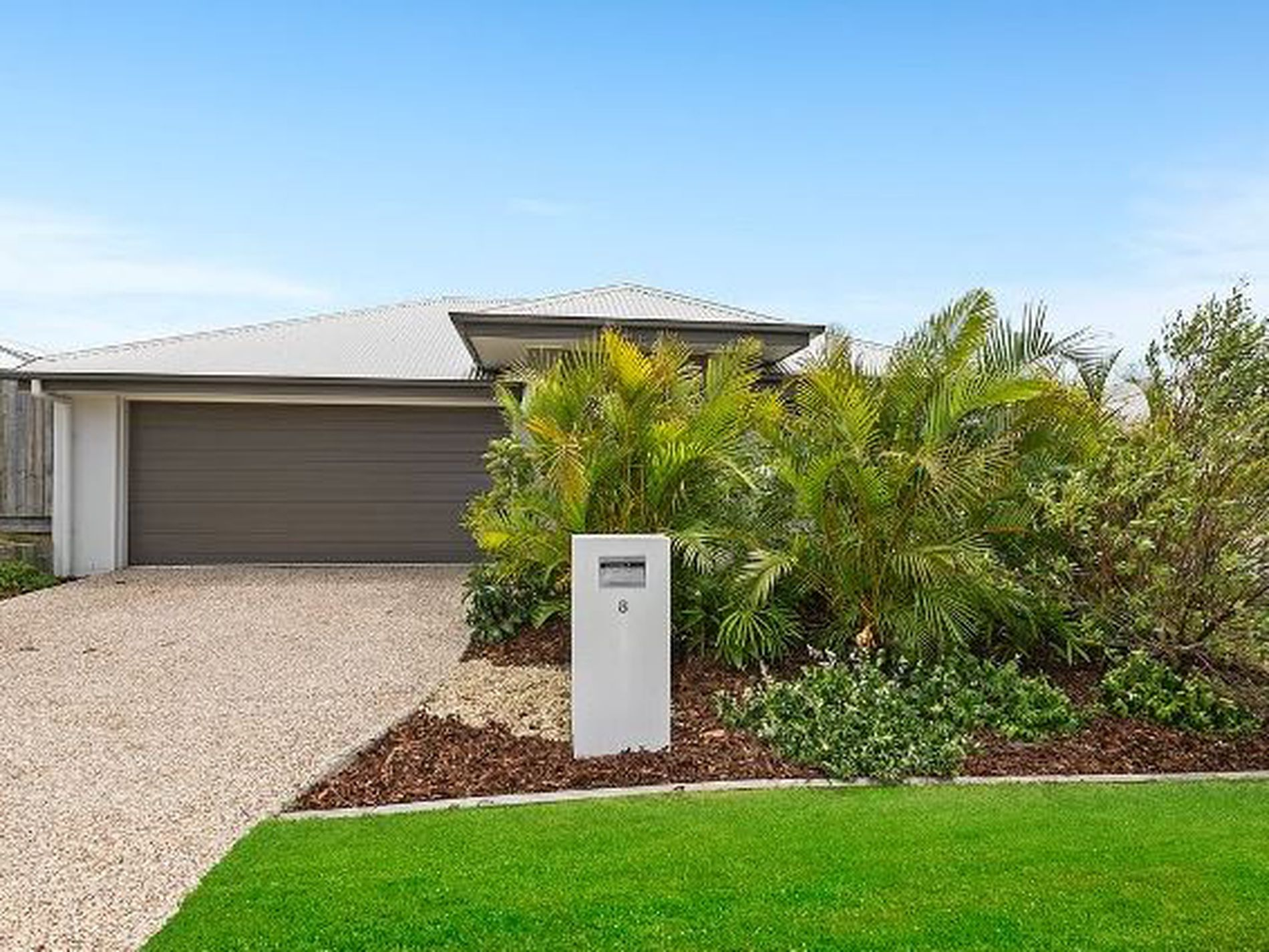 8 Silky Oak Court, Peregian Springs