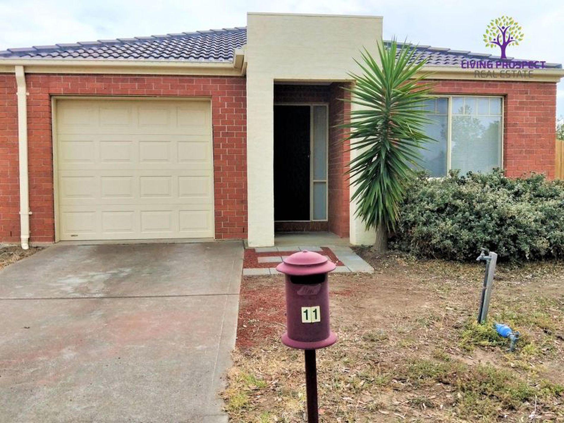 11 Brae Grove, Point Cook