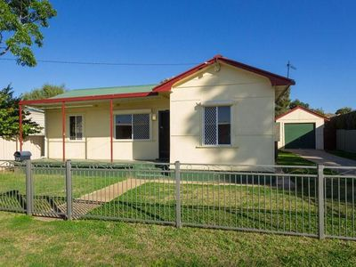 73 Robert Street, Tamworth