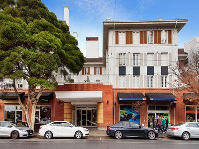 208 / 9 Commercial Road, Melbourne