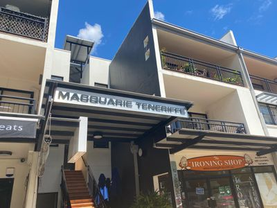 1 / 2 Macquarie Street, Teneriffe