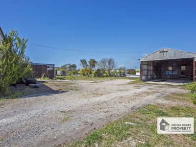 15 Old Bass Highway, Wynyard