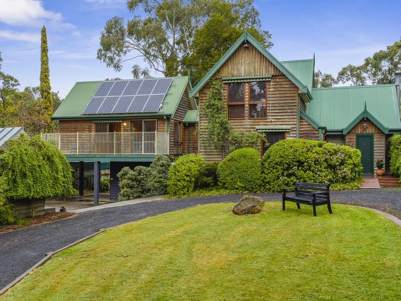 169 Waterfalls Road, Mount Macedon