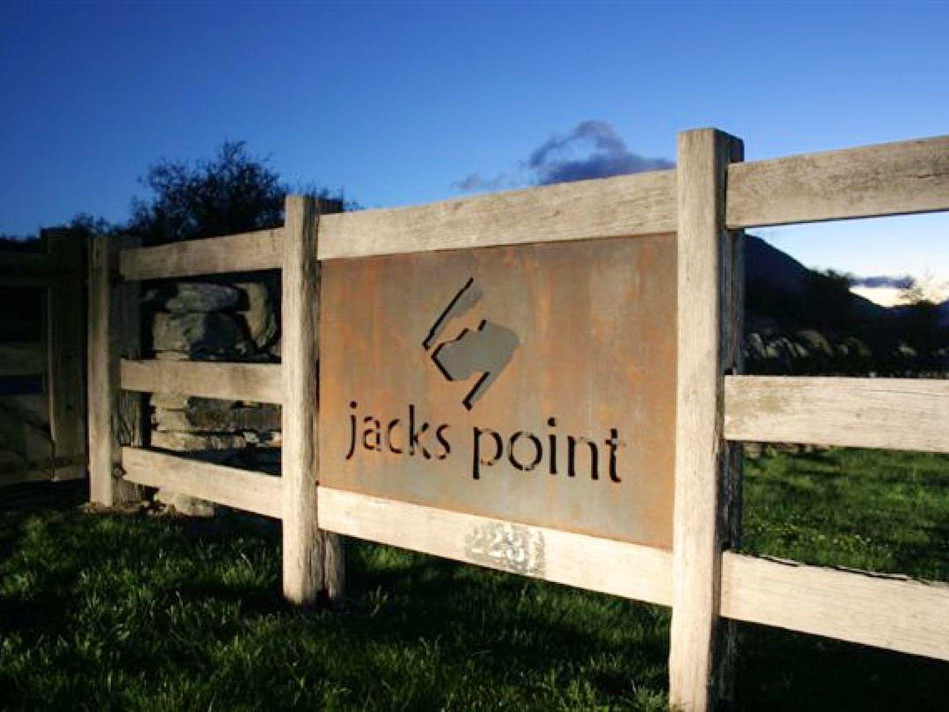 35 Cunninghams Drive, Jacks Point