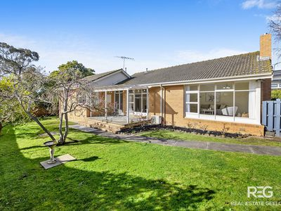 26 STRACHAN AVENUE, Manifold Heights