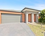 14 Ostend Crescent, Point Cook