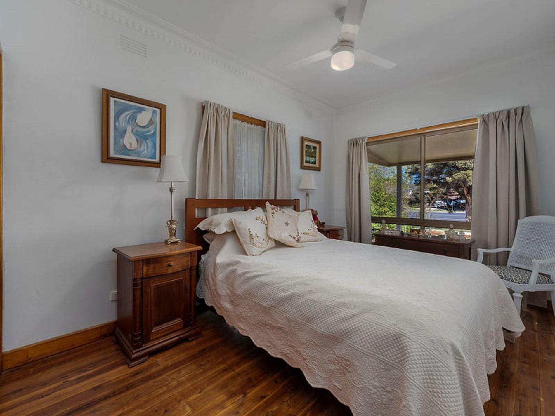 54 Edwards Street, Wangaratta
