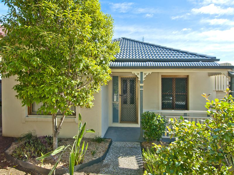 6 Clearpoint Way, Springfield Lakes