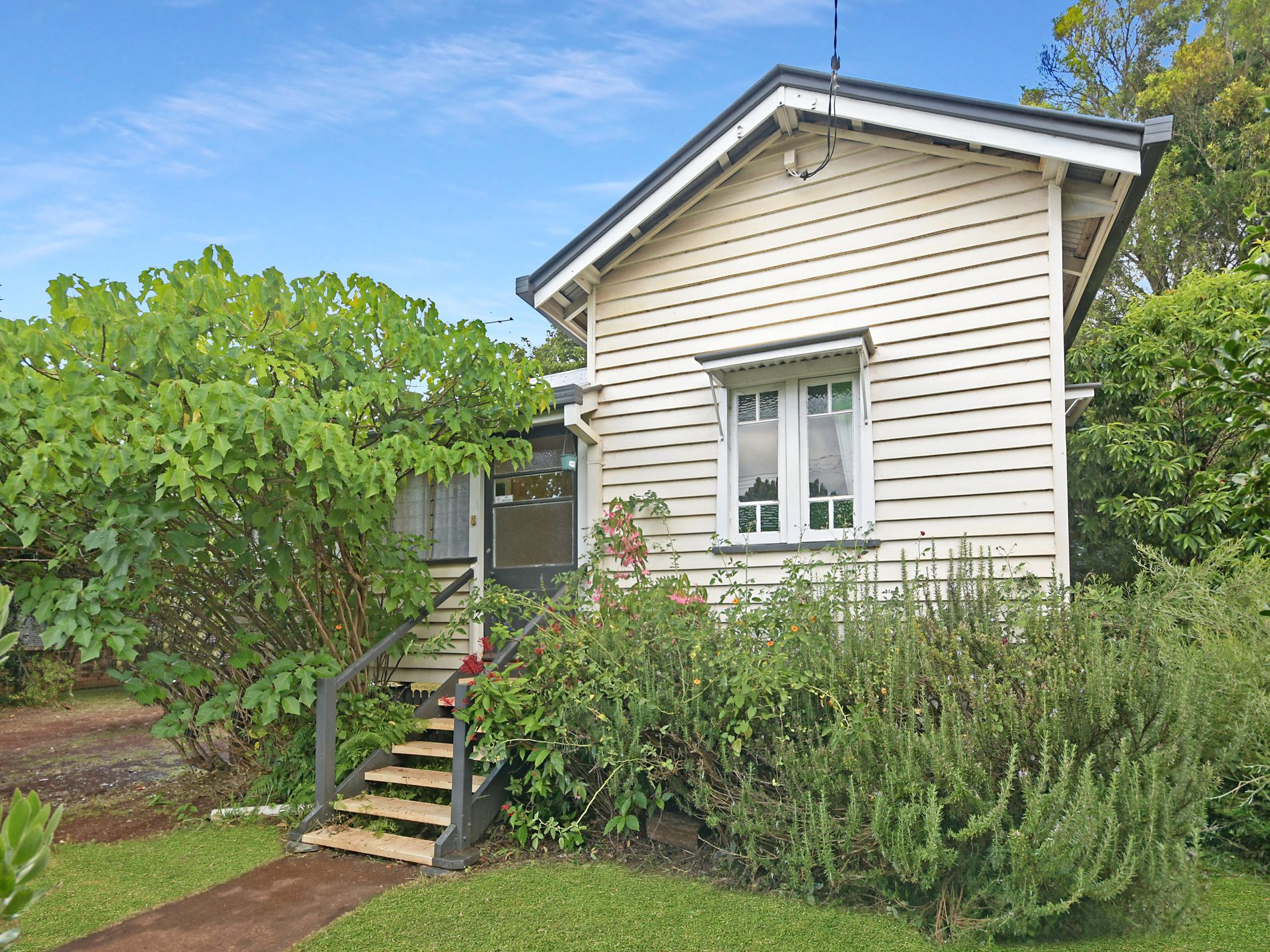 22 Jennings Street, South Toowoomba