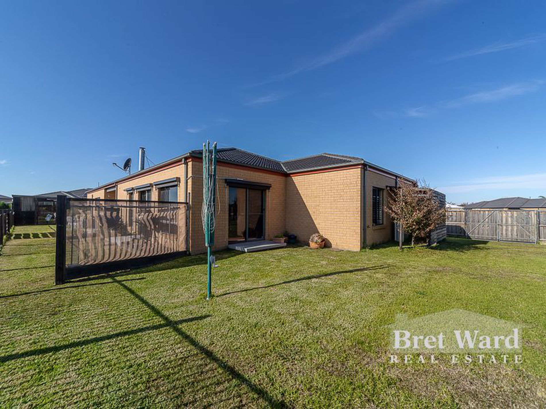 6 Basstian Ct, Eagle Point