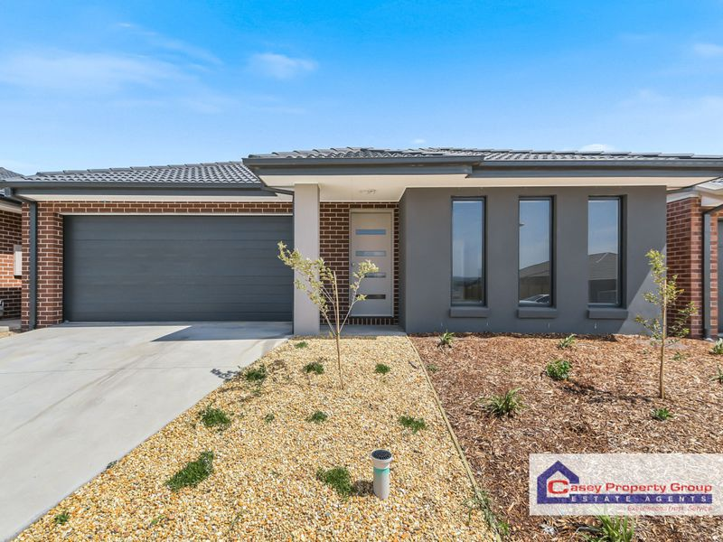8 Holgate Avenue, Clyde North