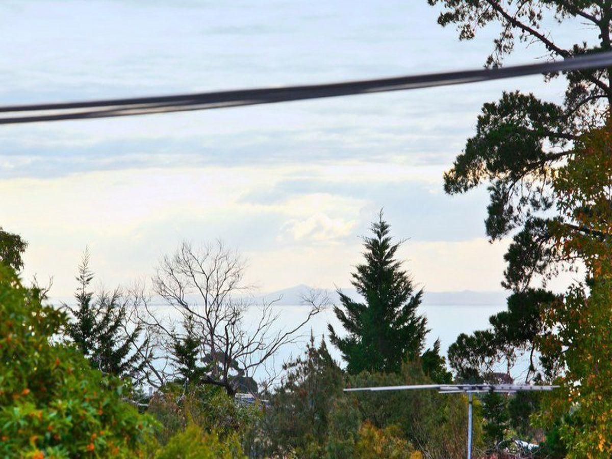 10 Bundara Crescent, Mount Eliza