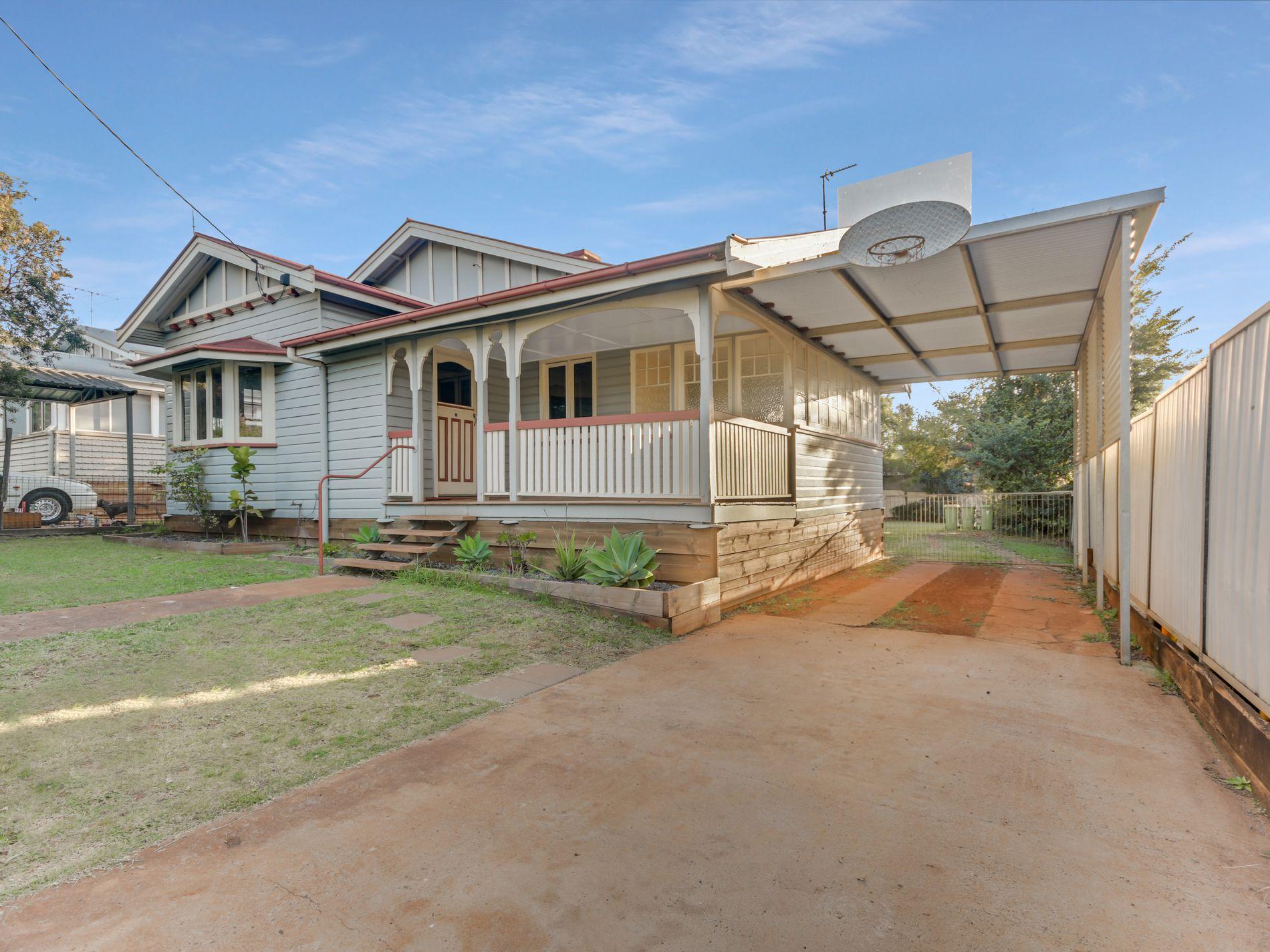 235 Hume Street, South Toowoomba