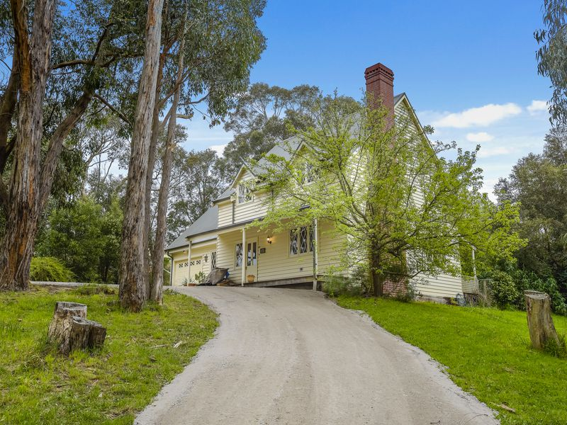 64 Railway Place, Macedon