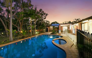 8 Caspian Place, Woronora Heights