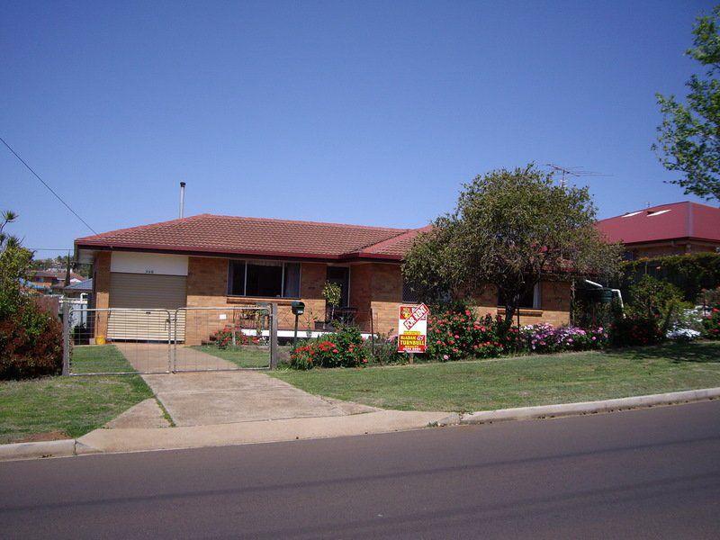 398 Alderley Street, Toowoomba