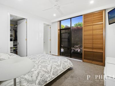 11 River Cove Place, Helensvale