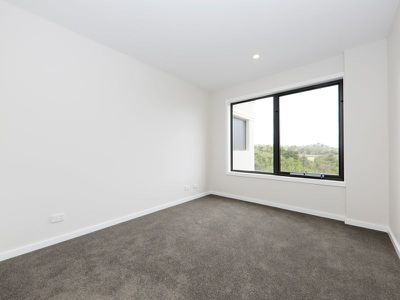 207 / 3 Billy Buttons Drive, Narre Warren