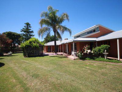 11 James Court, Wangaratta