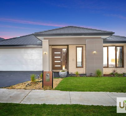 12 THISTLE DRIVE, Clyde North
