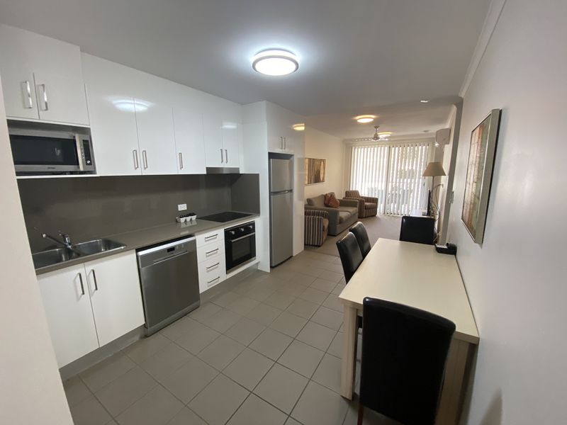 18 / 11 Bacon Street (Oaks Apartments) , Moranbah