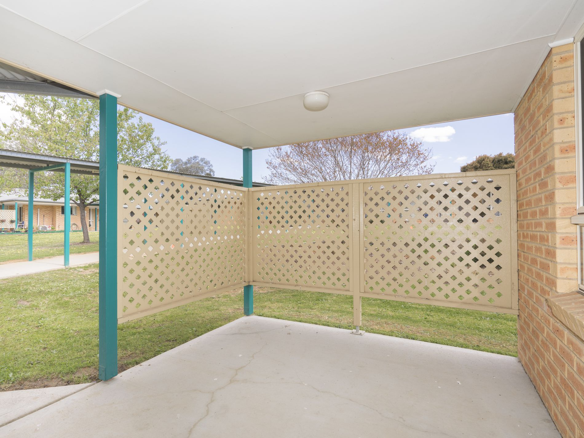 2 / 2 Hanlon Ct, West Wodonga