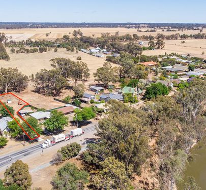 2 River Road, Murchison
