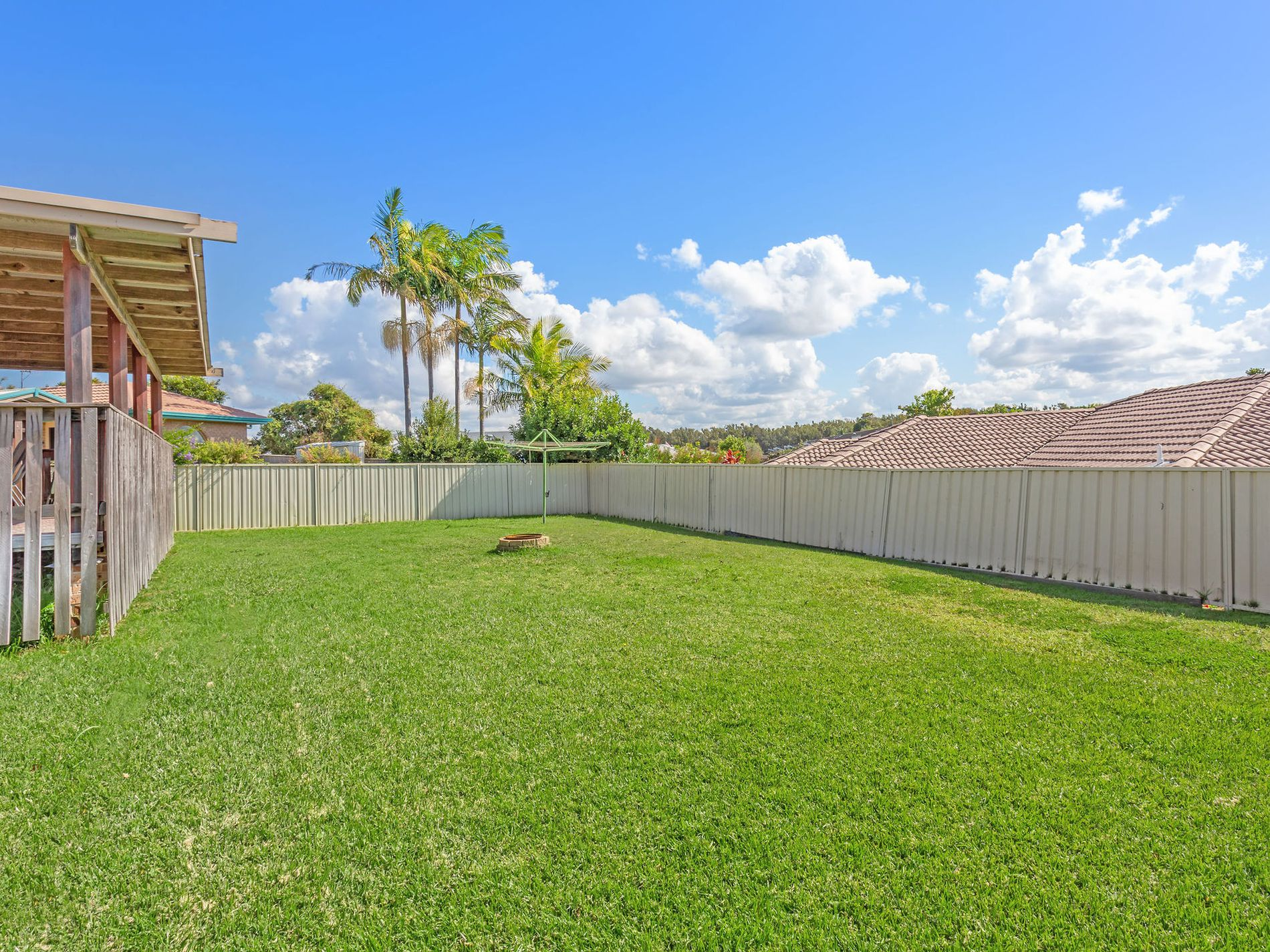 63 CAPE HAWKE DRIVE, Forster