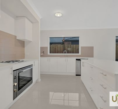 4 Maserati way, Cranbourne East