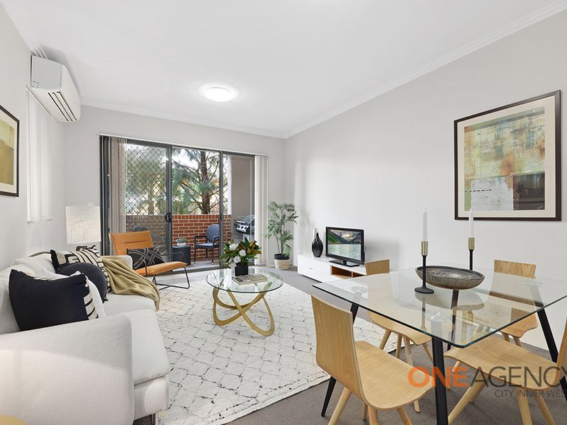 212 / 354 Church Street, Parramatta
