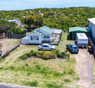 6 Mabel Street, Beachport