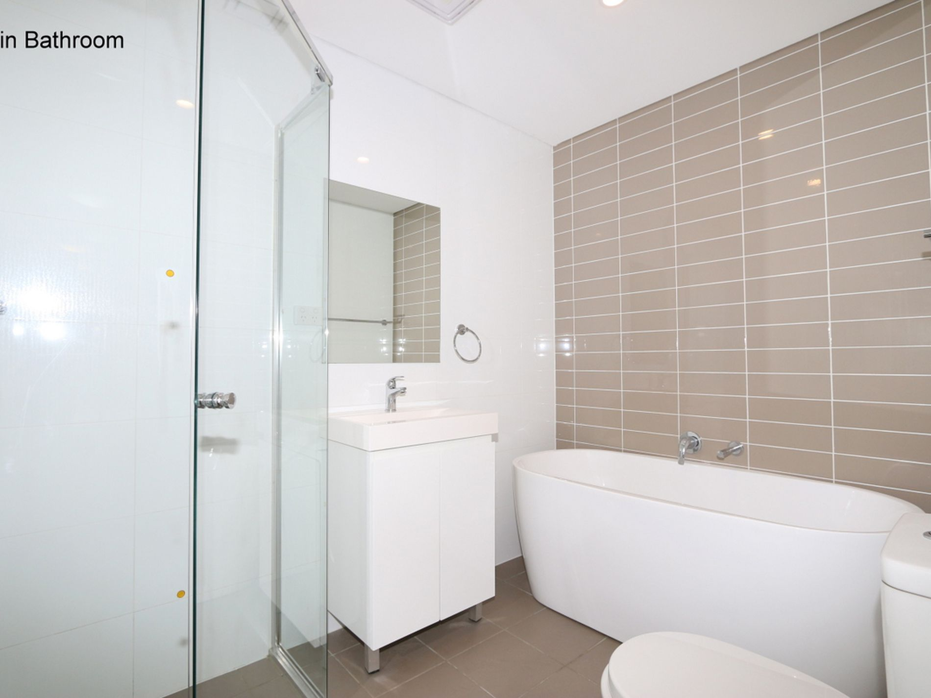 2 / 4 - 6 Peggy Street, Mays Hill