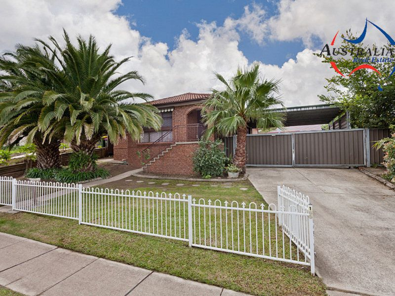 165 Banks Drive, St Clair