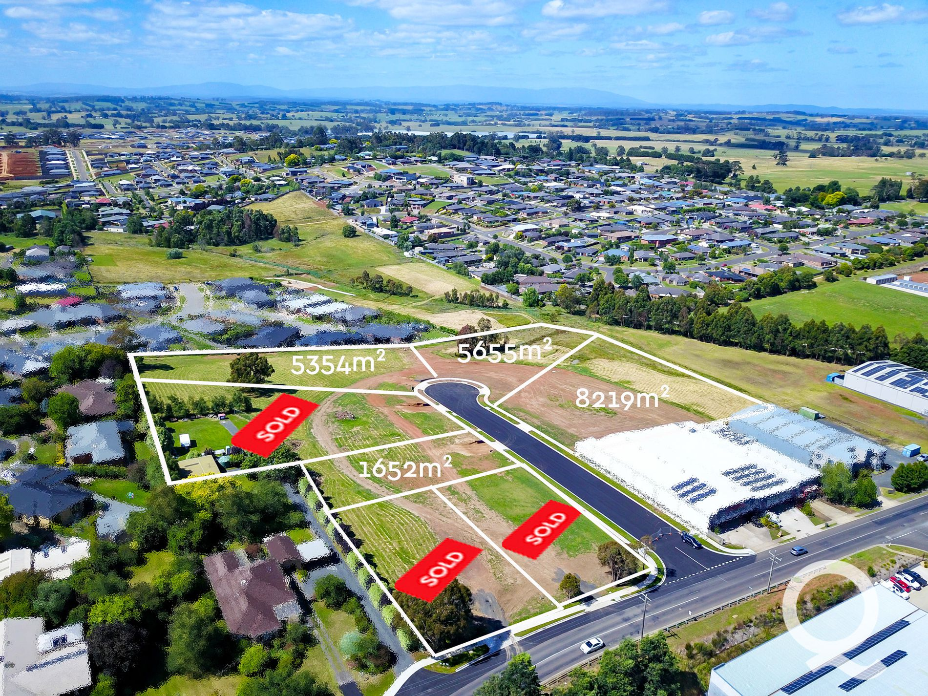 2 DURACK COURT, Warragul