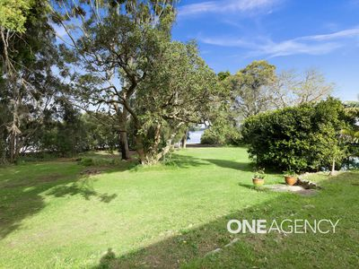 2 Crookhaven Drive, Greenwell Point