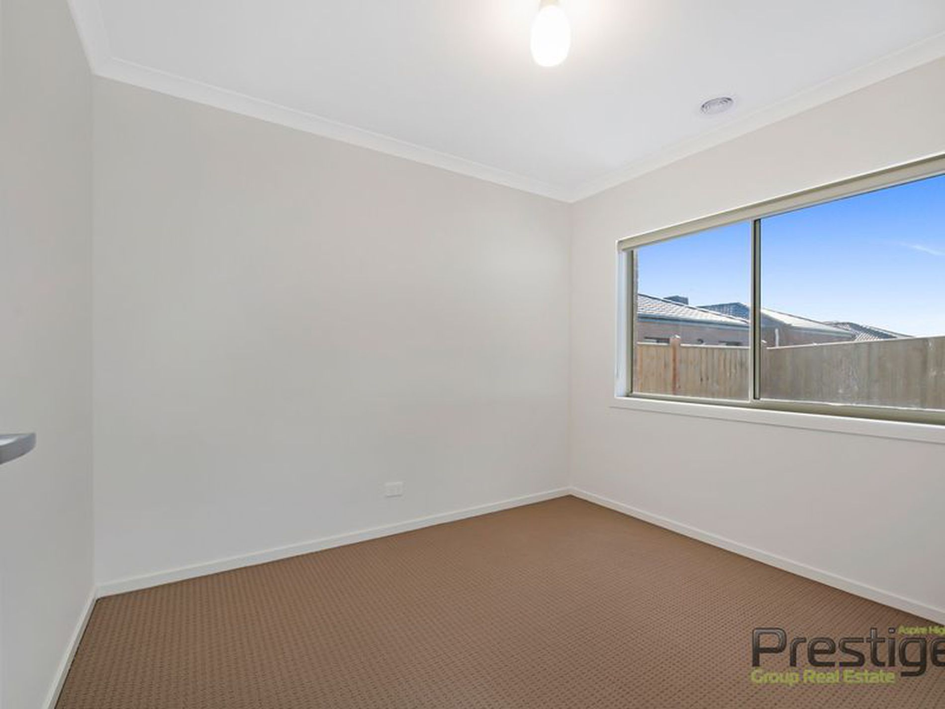 13 Hutchence Drive, Point Cook