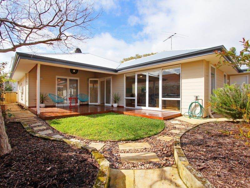 A / 140 Northstead St, Scarborough