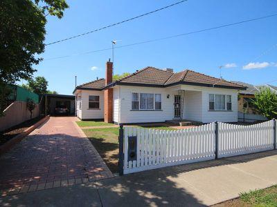 38 Brodie Street, Wangaratta West