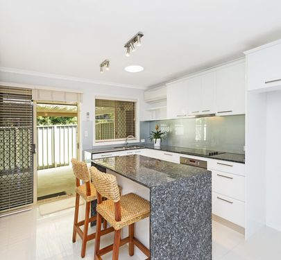 3 / 27 Macaneny Street, Redcliffe