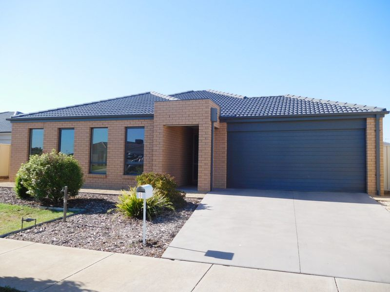 8 Edinburgh Court, Shepparton