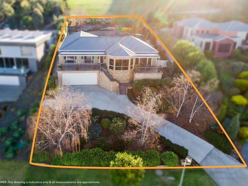 105 Grosvenor Dr, Wandana Heights