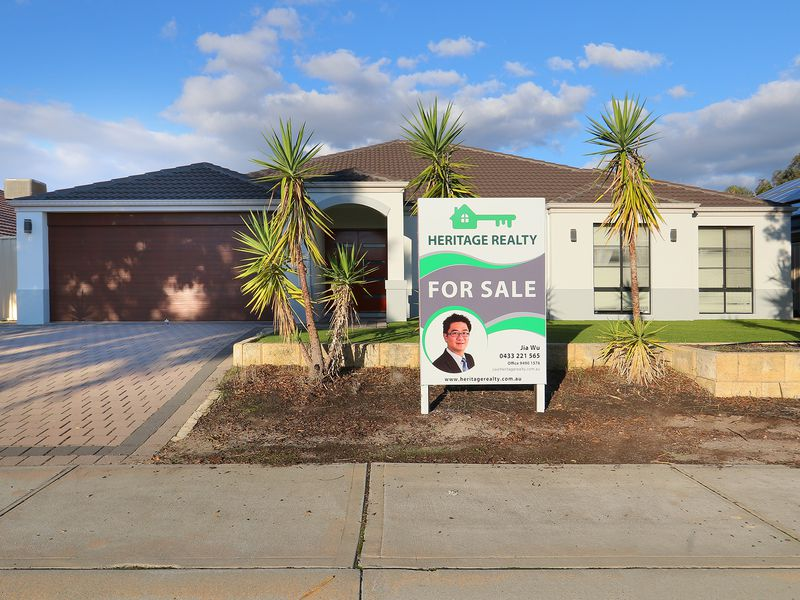 8 Blarney Place, Canning Vale