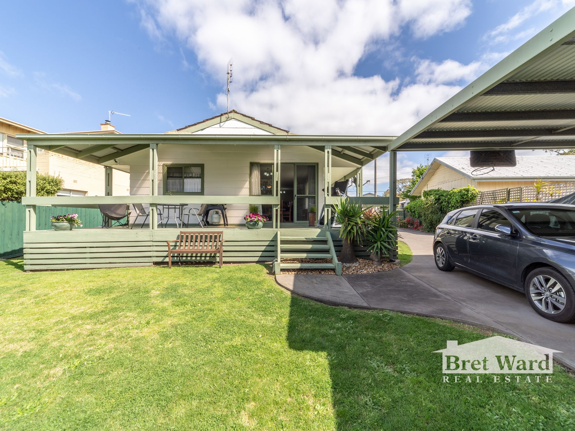 7 Bay Rd, Eagle Point