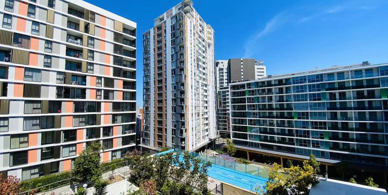 504 / 2 Discovery Point Place, W...