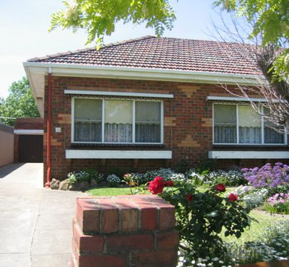 44 Napier Street, Essendon