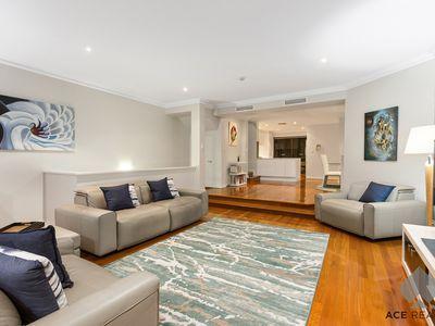 6 Swan Street, South Perth