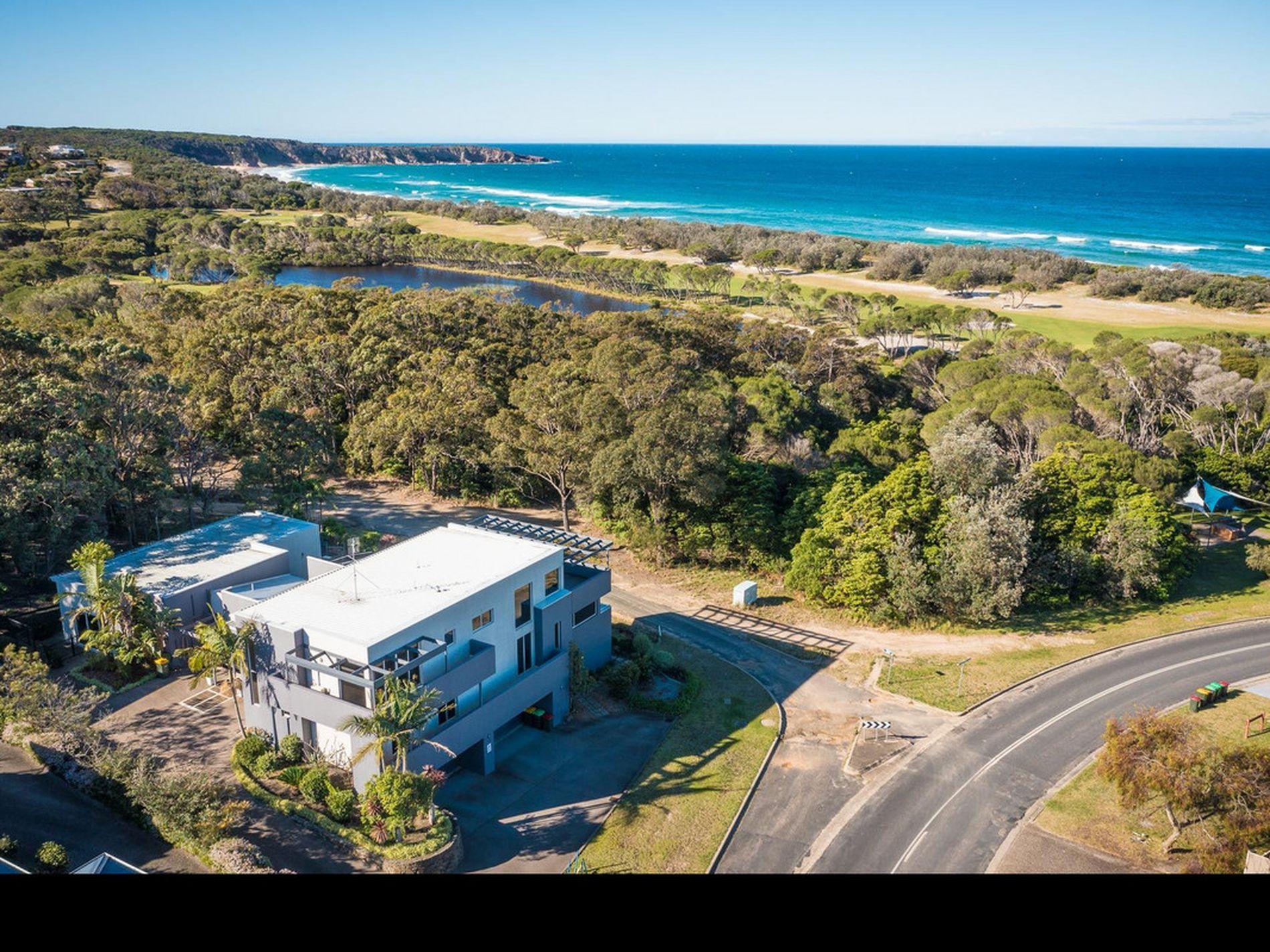 129 Tura Beach Drive, Tura Beach