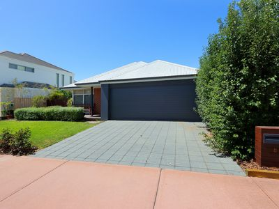 8 Lautour Street, South Guildford