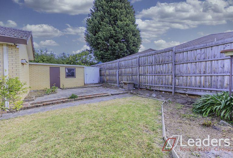 3 Cresmont Drive, Glen Waverley
