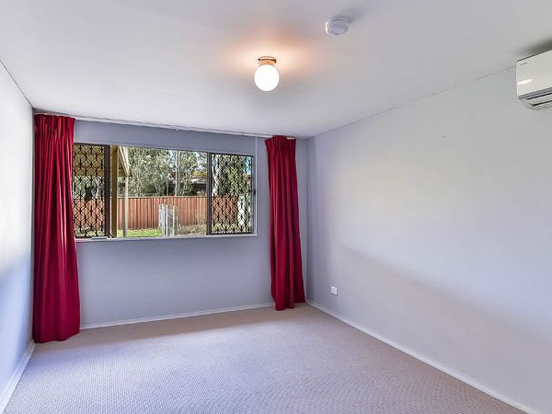 22 Thompson Place, Camden South